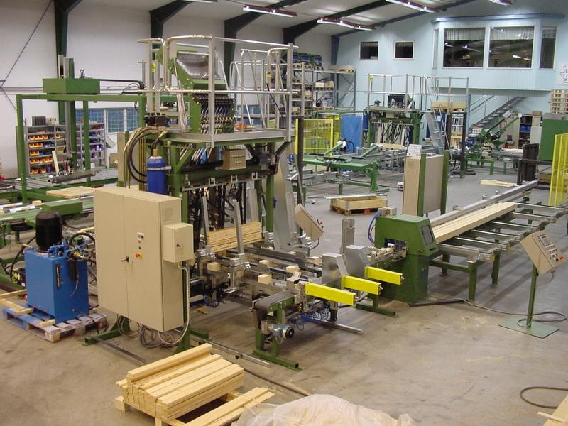 Kufenmaschine mit Klotzsäge