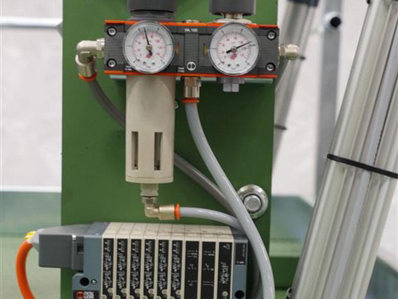 Pneumatik und Hubzylinder Nagelbox